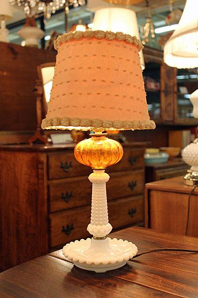 160407amber.milkhobnail.tablelamp