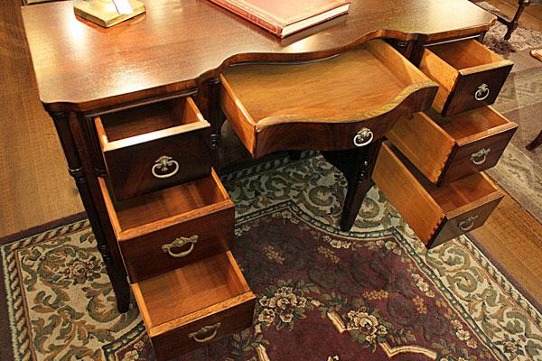 160613-mahogany-desk-set-A03