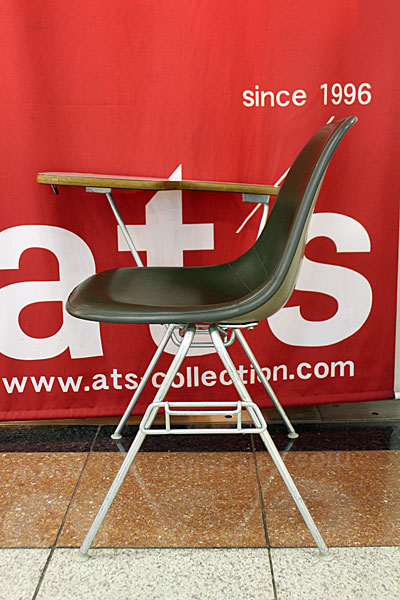 160615-eames-chair-green--A4