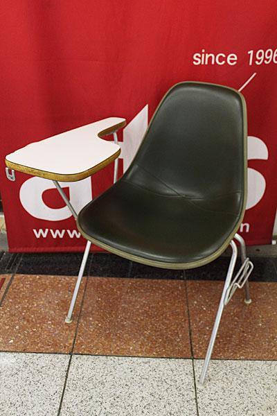 160615-eames-chair-green--B