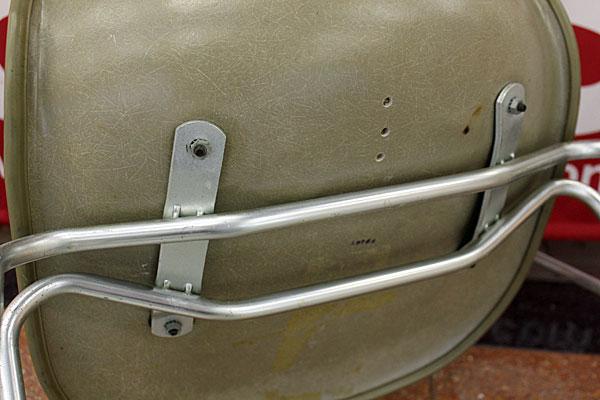 160615-eames-chair-green--B11