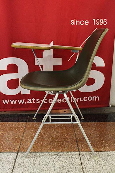 160615-eames-chair-green--B4