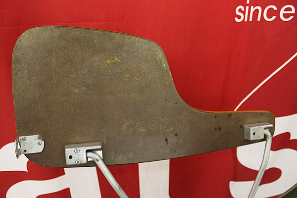 160615-eames-chair-green--B5
