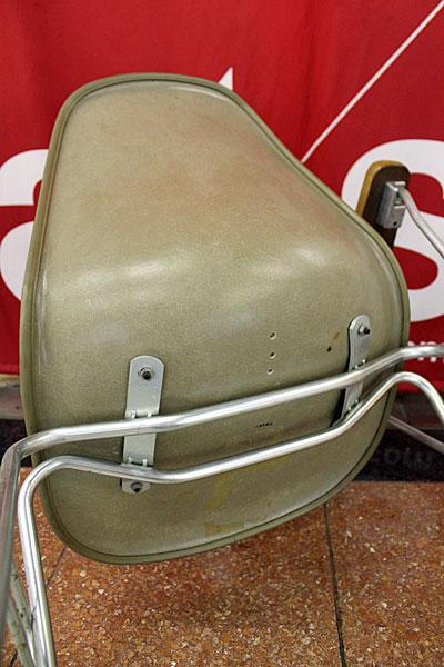 160615-eames-chair-green--B9