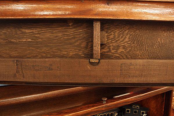 160730antiqueglobebookcase6