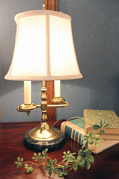 160801studentlamp