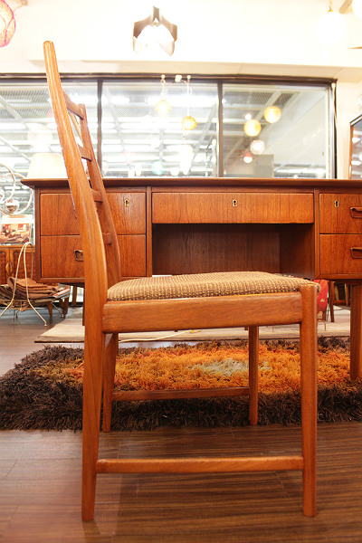 16092609desk&chair  (12)