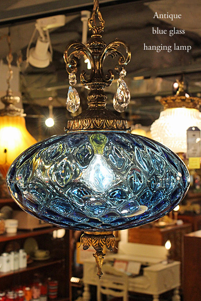 170810blueglasshanginglamp