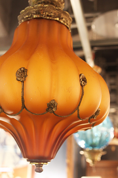 171016artglassamberhanginglamp2