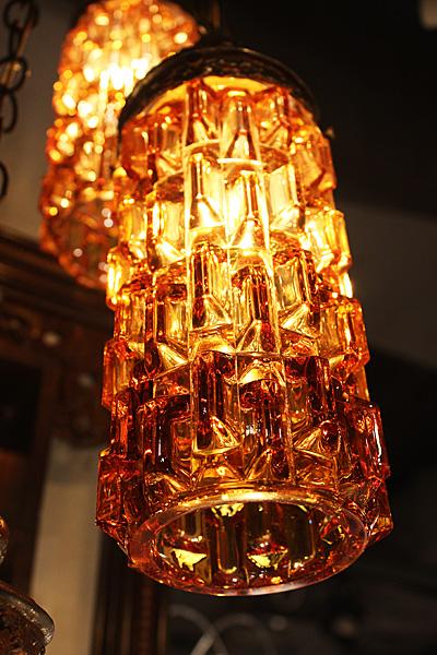 171016triplehanginglampamber2